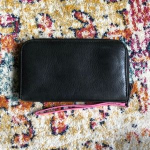 Black leather & hot pink Marc Jacobs wallet